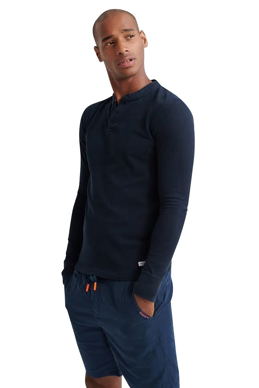 Longsleeved Henley Top