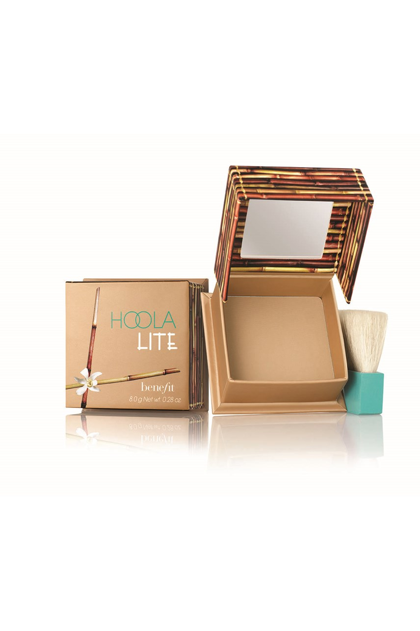 Hoola Light Bronzing Powder