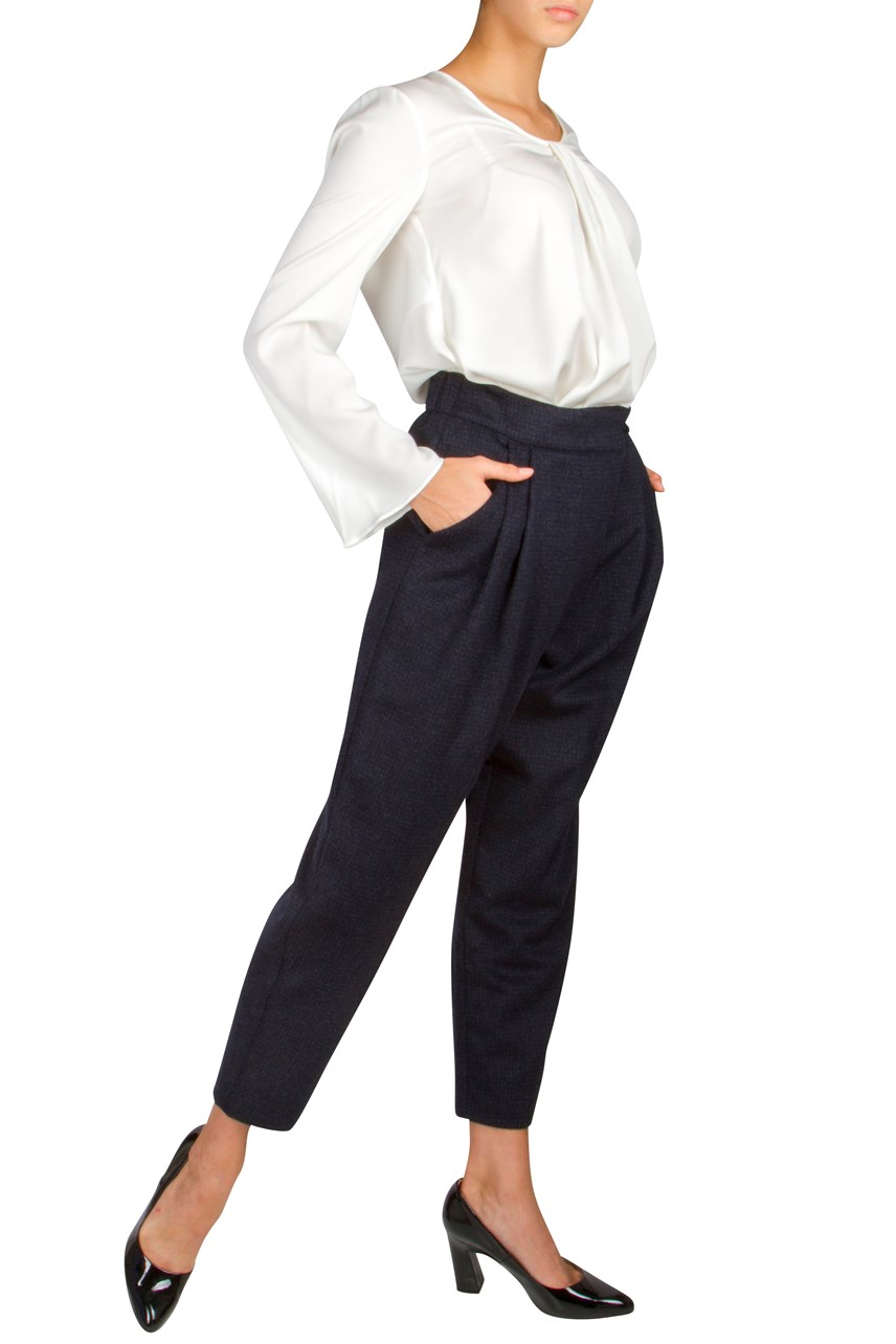 Pleated Crop Trouser