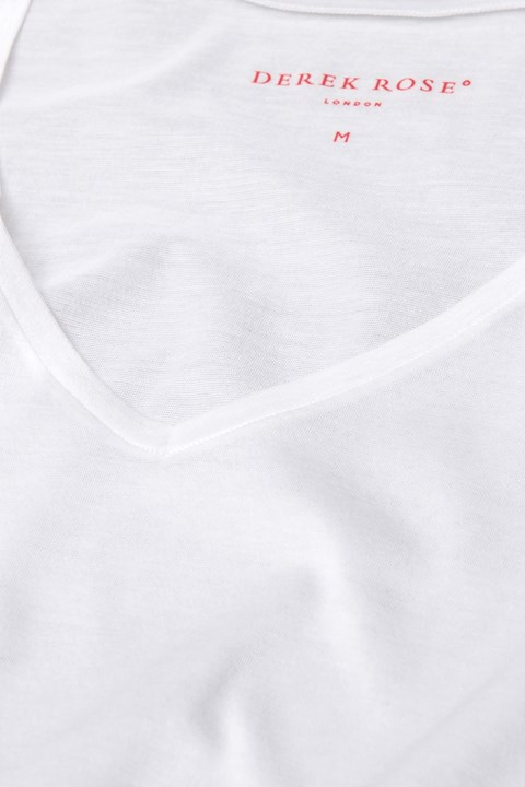 'Lewis' V-Neck Tee - white