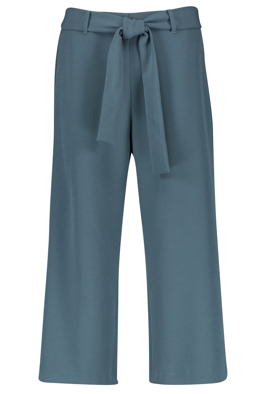 Crop Leisure Trouser