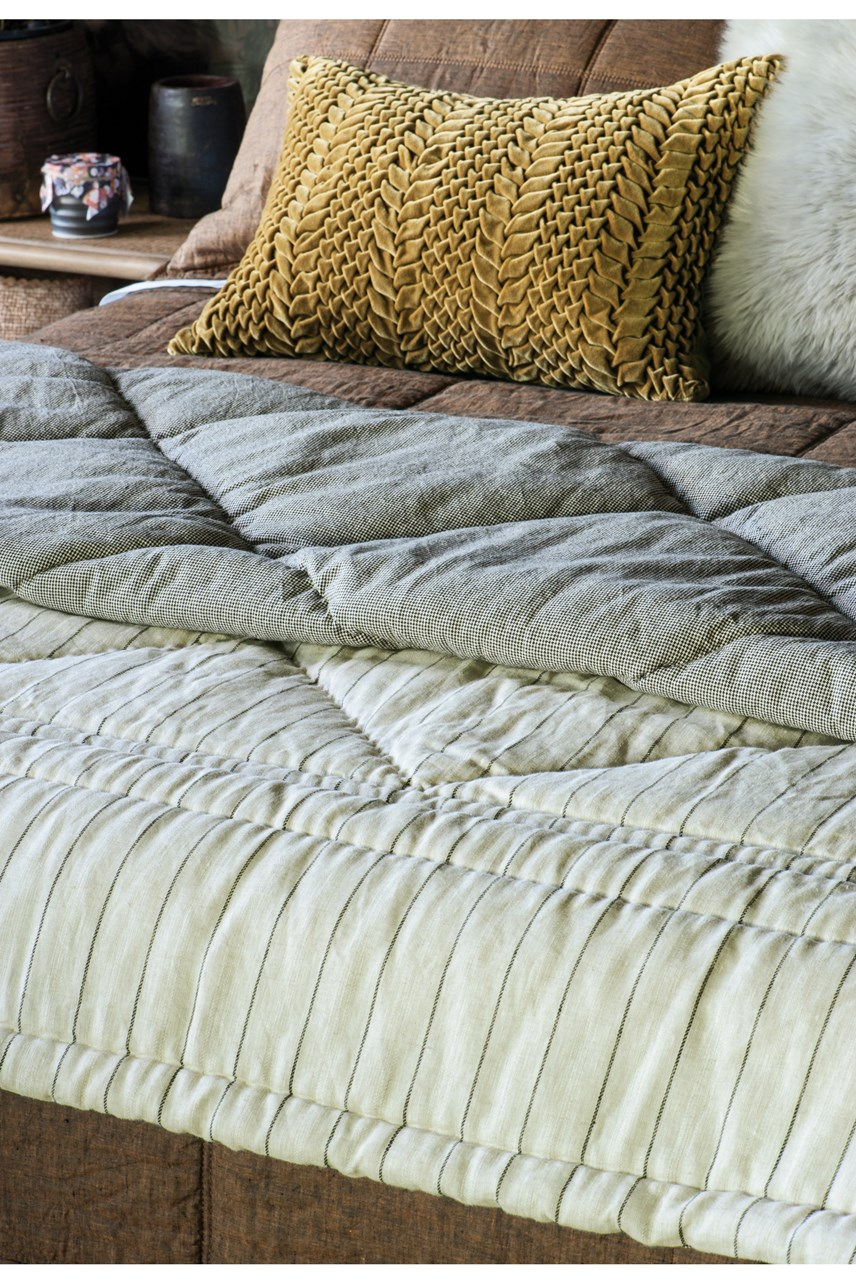 Tessere Natural Comforter
