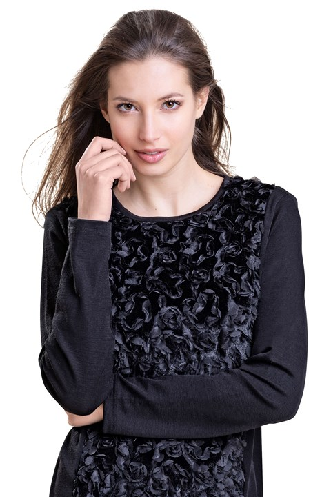 Long Sleeve Crew Neck Floral Top - black