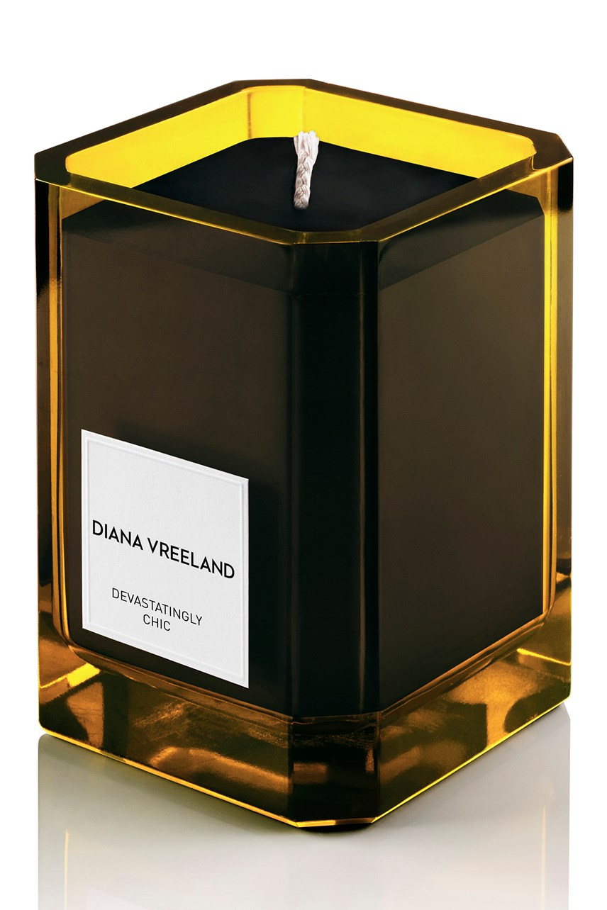 Devastatingly Chic Candle