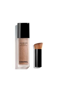 CHANEL | LES BEIGES WATER-FRESH TINT | WATER-FRESH TINT WITH MICRO-DROPLET PIGMENTS. BARE SKIN EFFECT. NATURAL AND LUMINOUS HEALTHY GLOW. MEDIUM 1