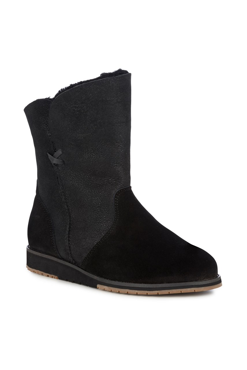 Bells Beach Lo Sheep Skin Boot