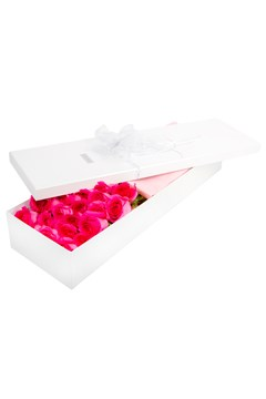 24 Boxed Pink Roses 1