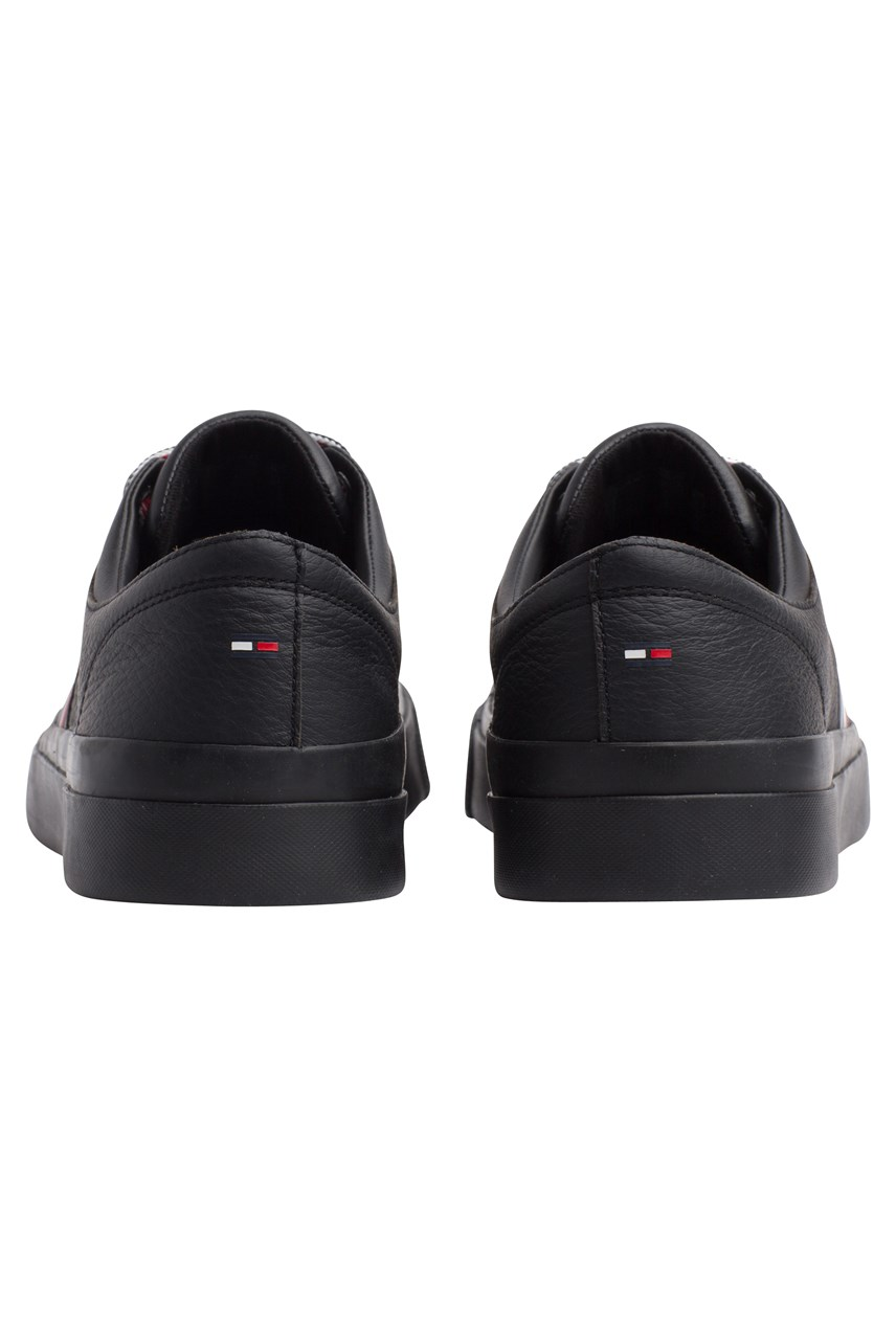 Corporate Leather Low Sneaker