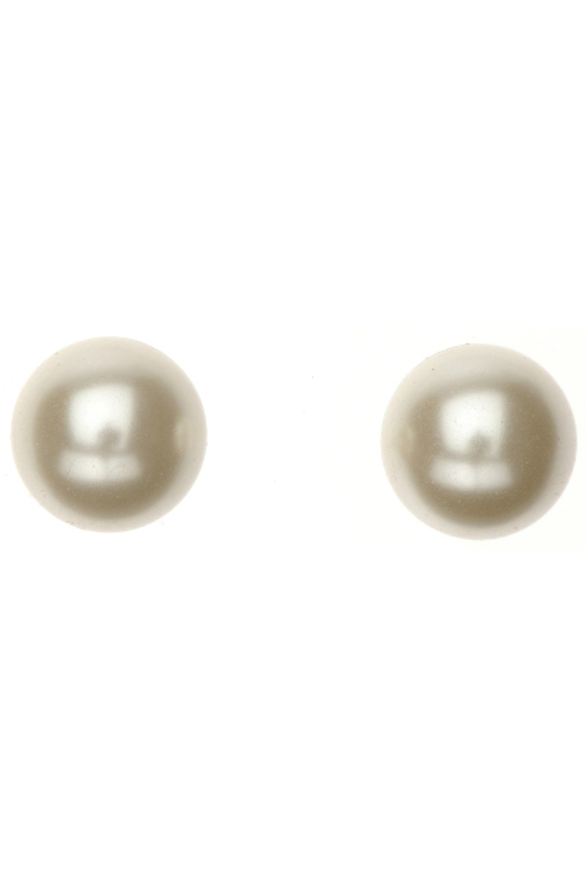 Cream Pearl Stud Earrings