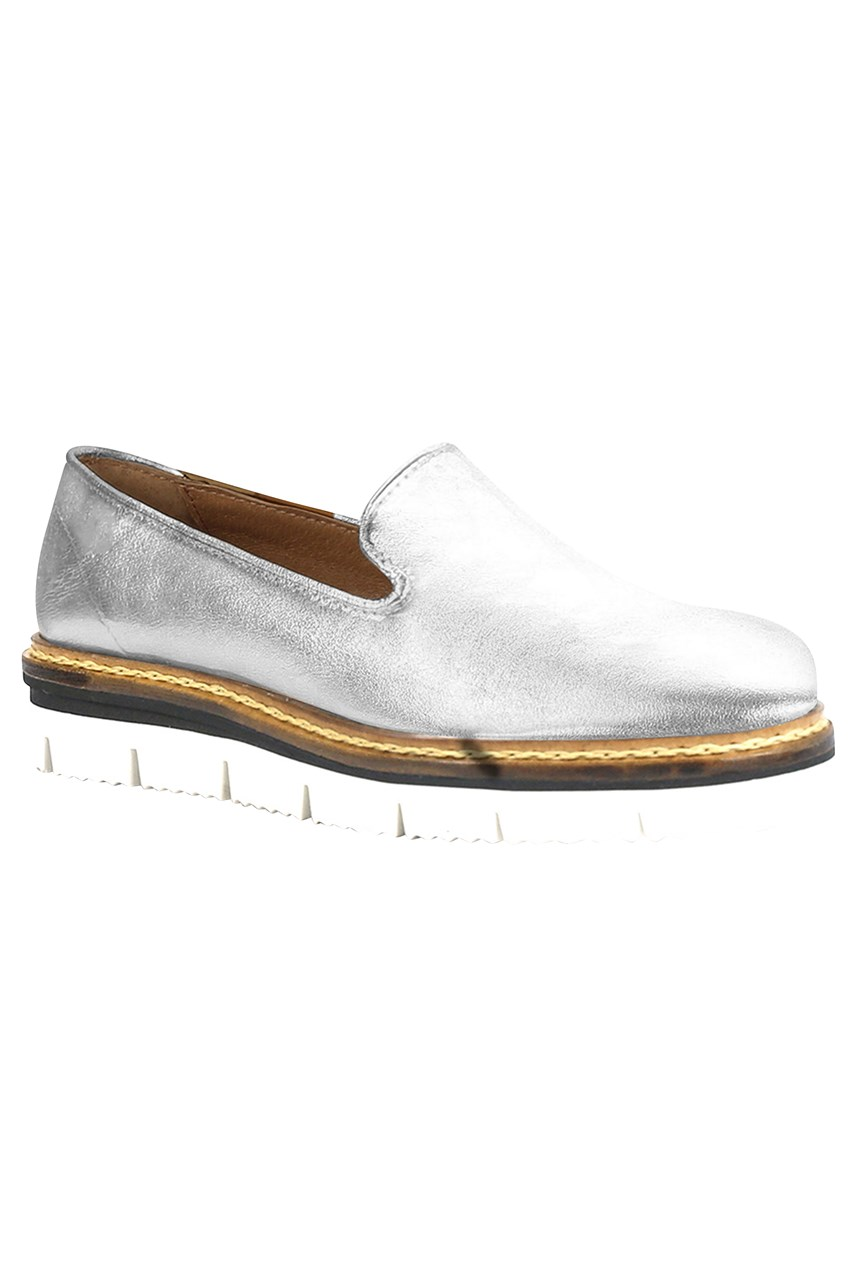 Derick Leather Loafer