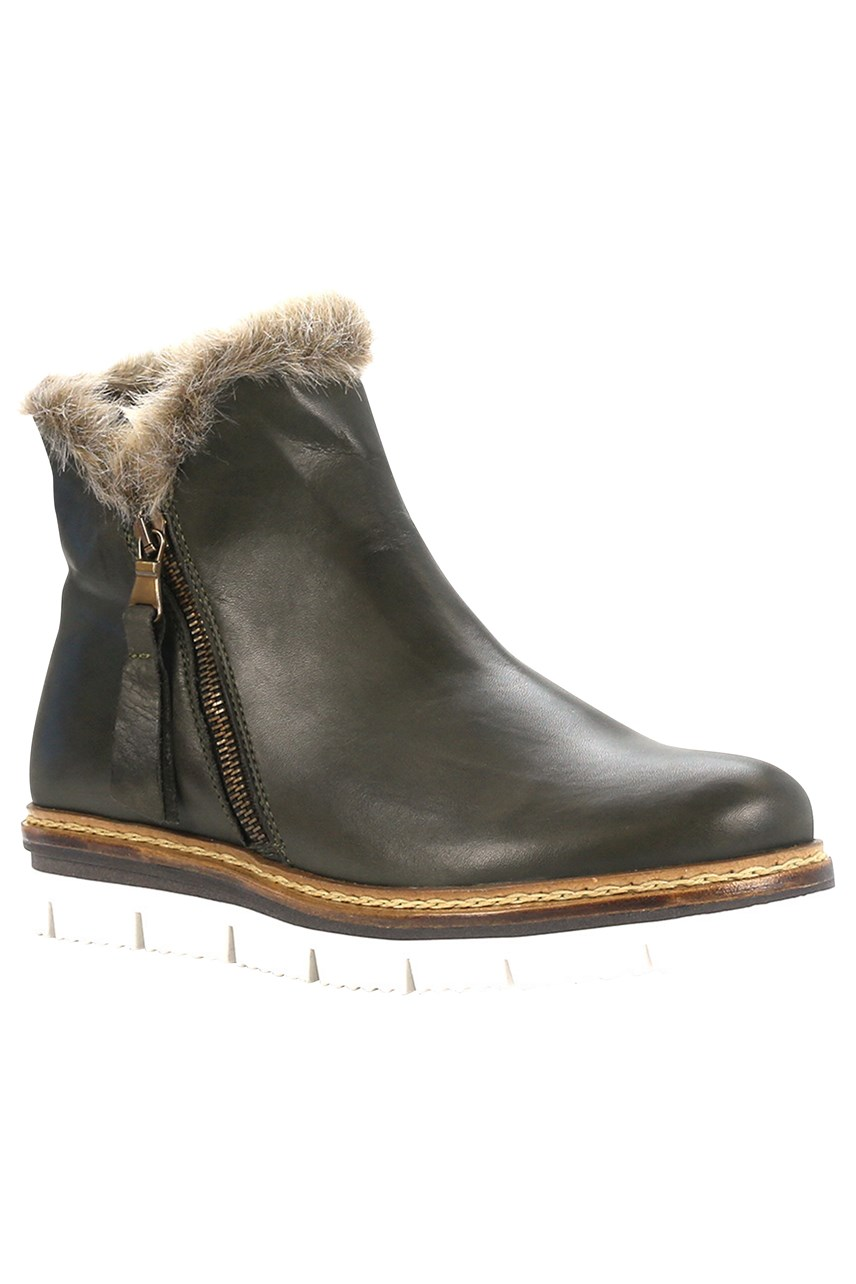 Derk Leather Ankle Boot