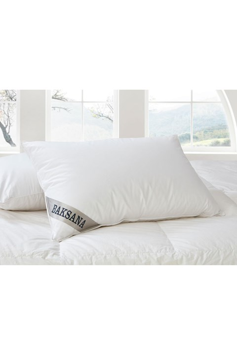 95/5 Hungarian Goose Down and Feather Pillow - white