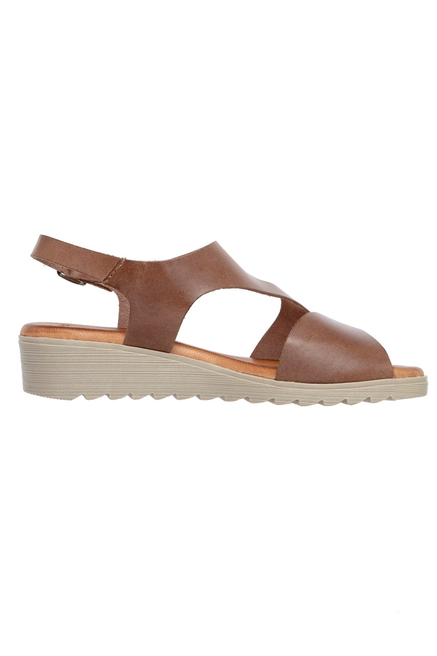 Curved Top Leather Sandal