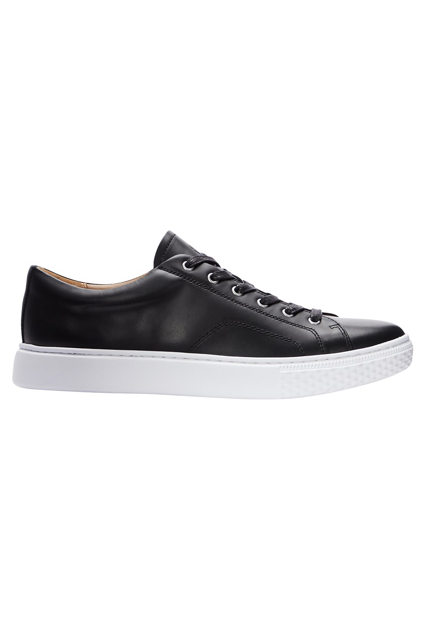 Dunovin II Leather Sneaker