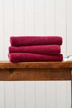 Brixton Bath Sheet - magenta