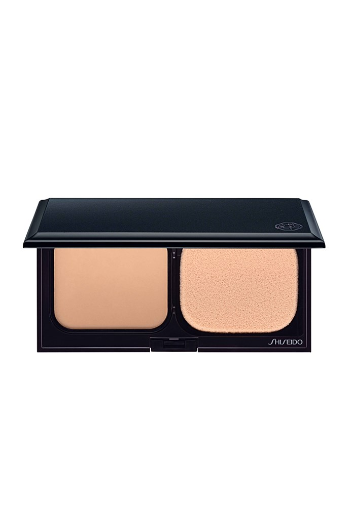 Sheer Matifying Compact