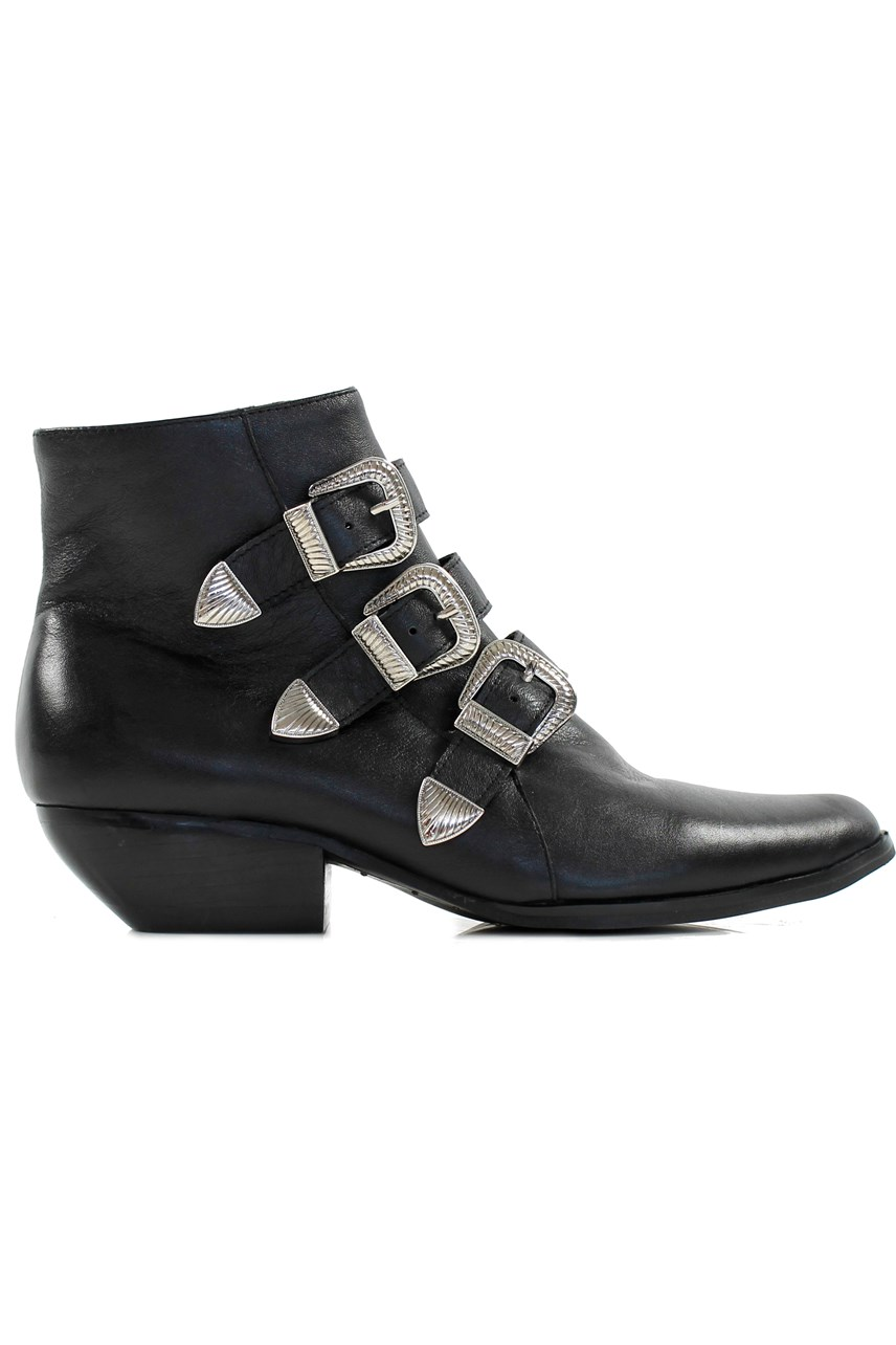 7663e1037578 womens shoes - Smith and Caughey s
