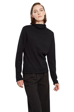 Continuous Line Polo Neck BLACK 1