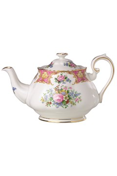 Lady Carlyle Teapot 1