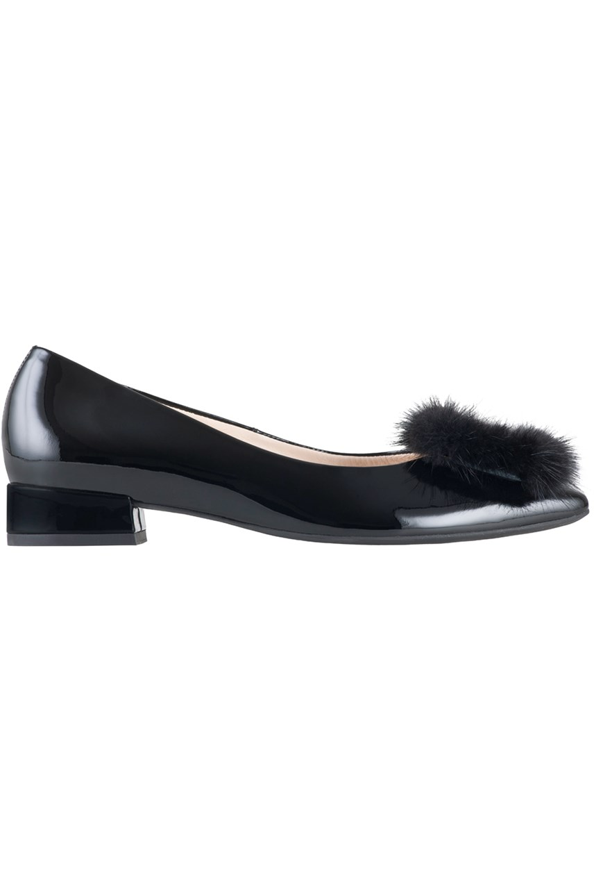 b2c0f0e09f90 womens shoes - Smith and Caughey s