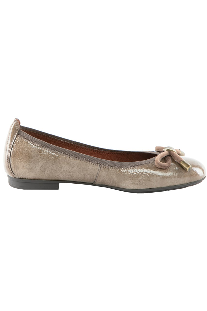 Ballet Flat With Bow